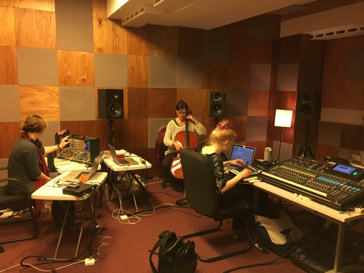 Female-Laptop-Orchestra_SARC2018_Rehearsal2